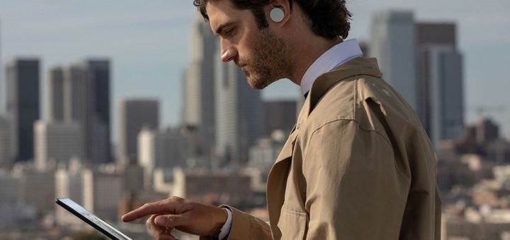 Surface Earbuds: Microsoft Introduces Its Own Wireless Headphones